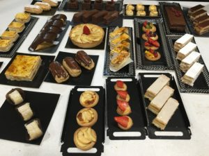 Surtido realizado en el Primer curso de pastelería de Revista La Tahona