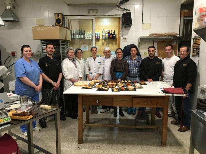 Alumnos del Primer curso de pastelería de Revista La Tahona