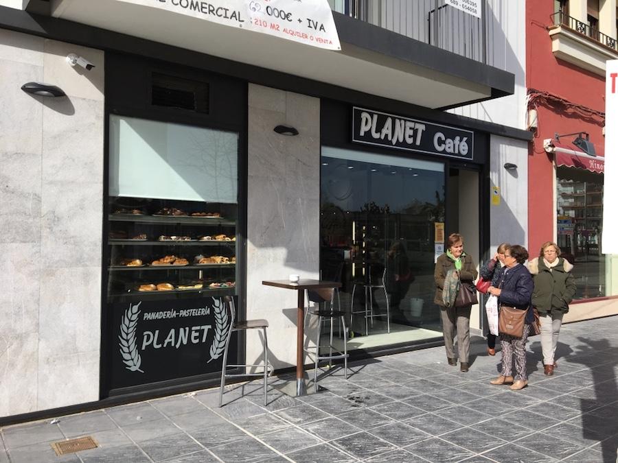 Exterior Panadería Planet
