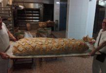 Panes gigantes de Panadería Federico Jiménez