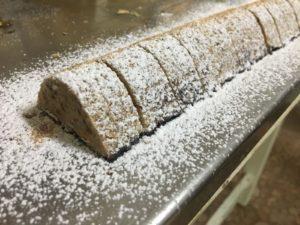 Curso de pastelería de Navidad en Motril - turrón nevado