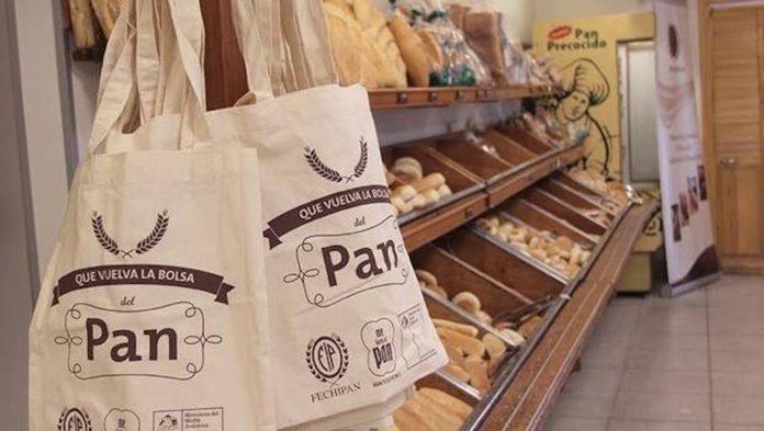 Las bolsas de plástico dejarán de ser gratuitas en marzo de 2018