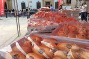 El Gremio de panaderos de Murcia repartió más de 5.000 monas en Semana Santa