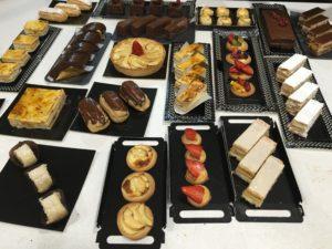 Surtido realizado en el Primer curso de pastelería de Revista La Tahona. Curso surtido clásico de pastelería fresca