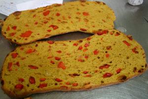 Curso de panes especiales y maridajes - Pan de pimientos y azafrán