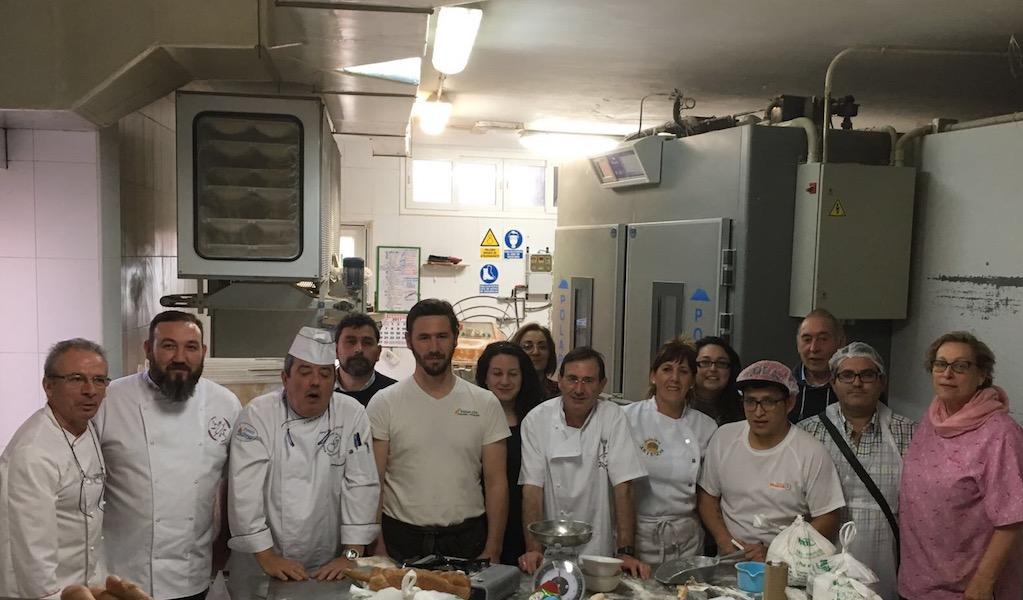 Participantes del curso de panes para intolerantes y alérgicos en Almería