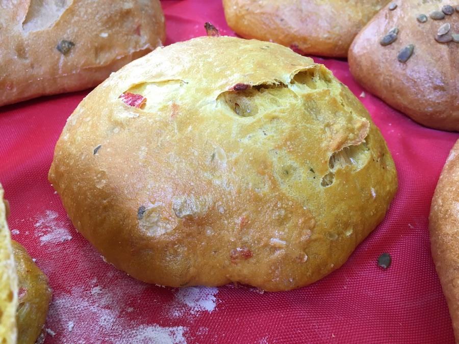 Curso panes de alta gama para restauración - Pan pimientos y azafrán