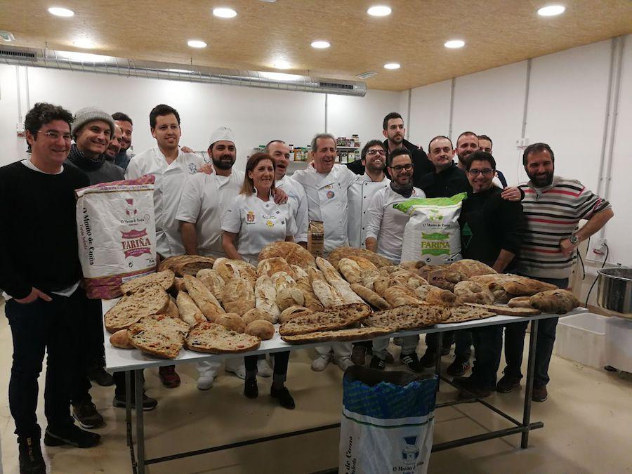 Panes gallegos de Juan Luis Estévez - grupo