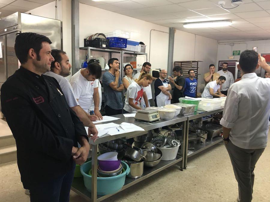 Curso panes de siempre 2.0. con José Roldán en Jerez. Alumnos