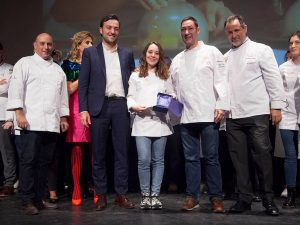 PASTELERÍA PROFESIONAL - 3 PREMIO Raquel Jara Pastelera de la Pastelería Manacor de Madrid